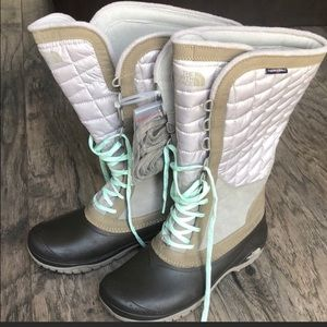 Northface  winter boots